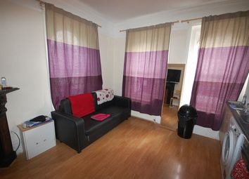 Thumbnail 1 bed property to rent in Green Lanes, London