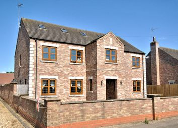 Thumbnail 7 bed detached house to rent in Hollycroft Road, Emneth, Wisbech