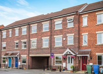 Thumbnail 3 bed town house for sale in Pippin Close, Misterton