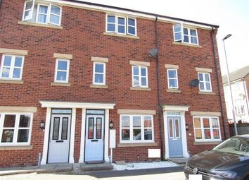 Thumbnail 3 bed town house for sale in Pilgrims Way, Gainsborough