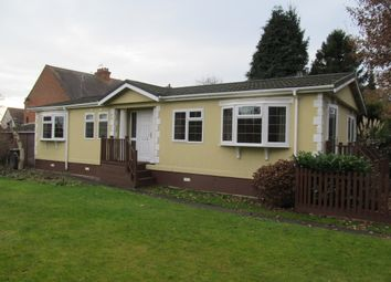 Thumbnail 2 bedroom mobile/park home for sale in Unsited Park Home (Ref 5496), Stratford Upon Avon, Warwickshire, 9Bp