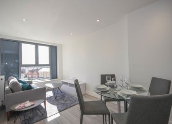 2 bed flat to rent in New London Road, Chelmsford CM2