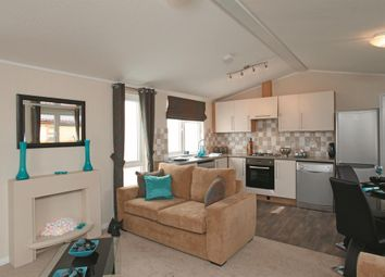 Thumbnail 2 bed mobile/park home for sale in Spring Park, London Road, Shadingfield