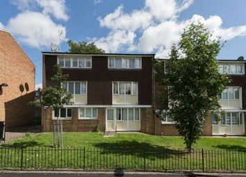Thumbnail 3 bed flat to rent in Acacia Road, Wood Green