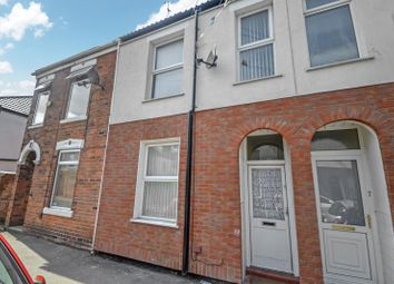 Thumbnail 2 bed terraced house to rent in 5 Cadogan Street, Hull