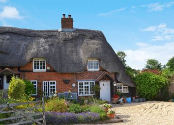 Thumbnail 3 bed cottage for sale in Lambourn Road, Boxford, Newbury