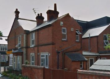Thumbnail 5 bedroom terraced house to rent in Pitcroft Avenue, Reading