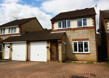 Thumbnail 3 bed link-detached house for sale in Cassandra Gate, Cheshunt, Waltham Cross