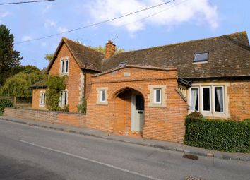 High Street, South Moreton, Didcot OX11. 2 bed property