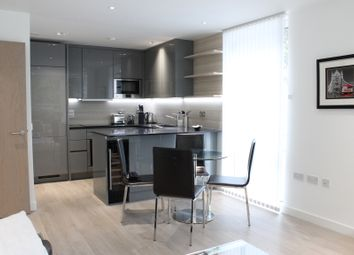City View Apartments, Woodberry Down, London N4. 1 bed flat