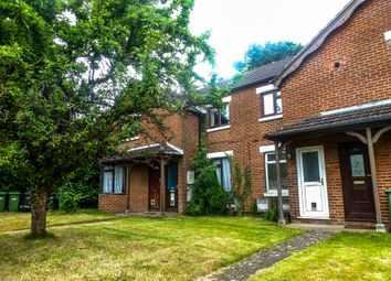 Thumbnail 1 bed flat for sale in Passfield Avenue, Eastleigh