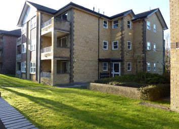 1 bed maisonette to rent in Waterslade, Elm Road, Redhill RH1