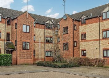 Thumbnail 1 bed flat to rent in Broome Way, Banbury, Oxfordshire