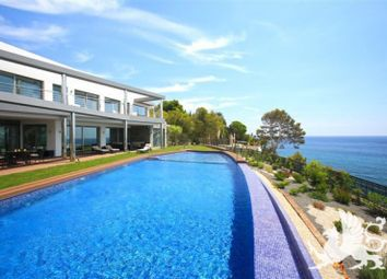 Thumbnail Villa for sale in Altea, Spain