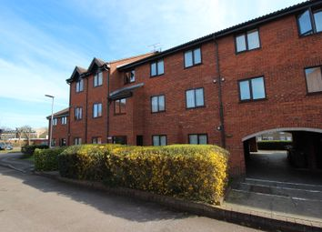 Thumbnail 1 bedroom flat for sale in Amwell Court, Hoddesdon
