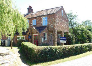 Thumbnail 4 bed cottage for sale in Croft Lane, Croft, Skegness