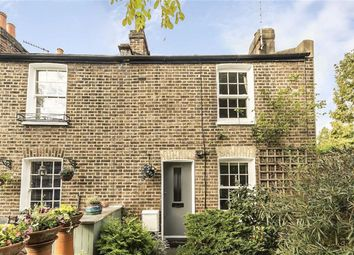 Thumbnail 2 bed flat to rent in Mulberry Place, London