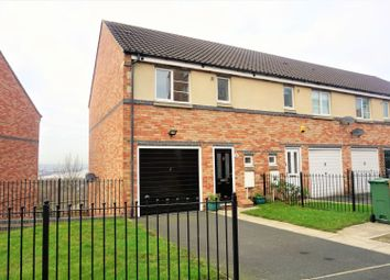 Thumbnail 3 bed town house for sale in Bridges View, Gateshead