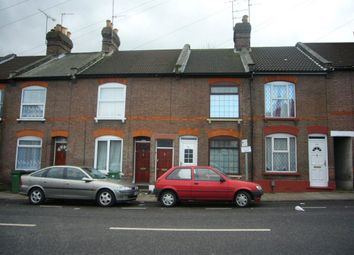 Thumbnail 1 bed flat to rent in Russell Street, Luton