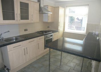 Thumbnail 1 bed flat to rent in Hornchurch Road, Hornchurch