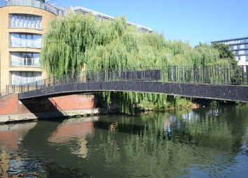 Thumbnail 3 bedroom flat to rent in Crane Wharf, Reading