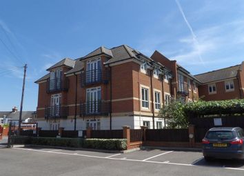 Thumbnail 2 bedroom flat for sale in Denham Road, Egham