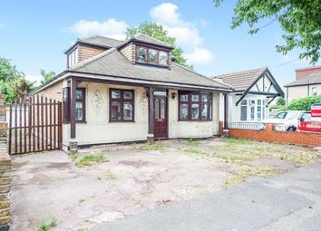 4 bed bungalow for sale in Mawneys, Romford, Havering RM7