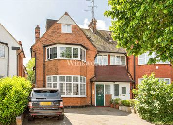 Thumbnail 2 bedroom flat for sale in Golders Green Crescent, Ground Floor Flat
