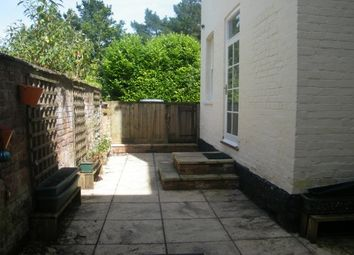 Thumbnail 1 bed flat to rent in Brookfield East, New North Road, Exeter