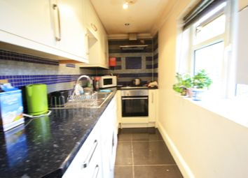 Thumbnail 6 bed terraced house to rent in Graveney Rd, Tooting