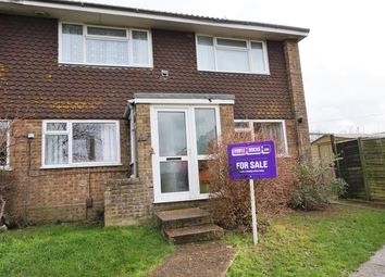 Thumbnail 2 bedroom flat for sale in Greenlands Road, East Cowes