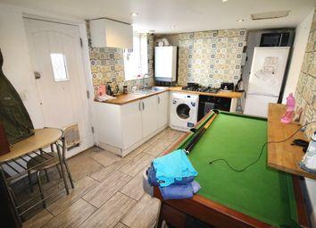 Ramuz Drive, Westcliff-On-Sea SS0. 2 bed terraced house