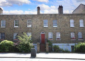 Kennington Lane, London SE11. 3 bed property