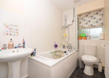 Thumbnail Property for sale in Brambling, Aylesbury