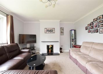 Mossford Lane, Barkingside, Ilford, Essex IG6. 3 bed flat