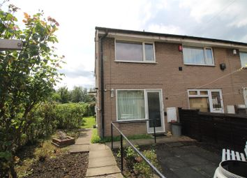 Thumbnail 2 bed town house for sale in Spinkwell Close, Bradford
