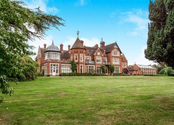 Thumbnail Flat for sale in North Frith Park, Hadlow, Tonbridge