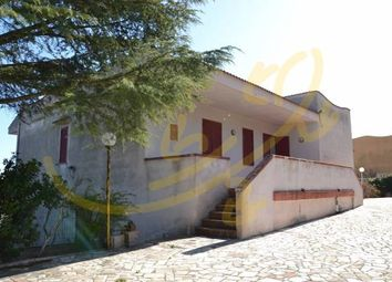 Thumbnail 3 bed villa for sale in 70013 Castellana Grotte, Metropolitan City Of Bari, Italy