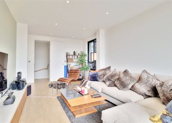 Thumbnail 3 bed flat to rent in Bardsley Lane, Greenwich, London