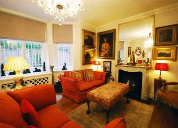 Thumbnail 1 bed flat to rent in 22 Down Street, Mayfair, London