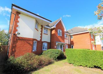 2 bed flat for sale in Oxford Avenue, Hayes UB3
