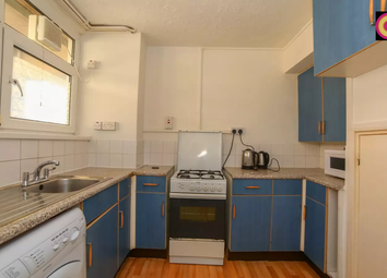 3 bed maisonette to rent in Broomfield Street, Poplar, East London E14