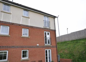 Thumbnail 2 bed flat to rent in Station Avenue, Whitby