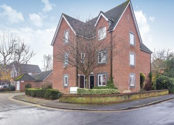 Thumbnail 2 bed flat for sale in Stratheden Place, Reading