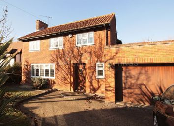 Thumbnail 4 bed detached house to rent in Spareleaze Hill, Loughton