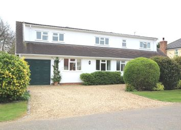 Thumbnail 5 bedroom detached house for sale in Heathfield, Royston