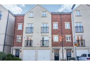 Thumbnail 4 bedroom town house for sale in Montgomery Avenue, Leeds