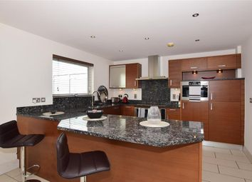 Thumbnail 2 bed flat for sale in Brighton Road, Purley, Surrey