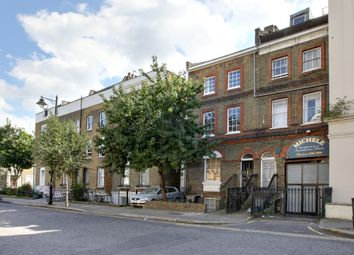 Thumbnail 1 bed flat to rent in Englefield Road, London