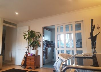 Thumbnail 1 bed flat to rent in Fallowfields Drive, North Finchley, London, Greater London